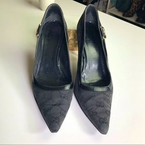 Gucci Shoes - Gucci Authentic GG Canvas Leather Pointed Pumps